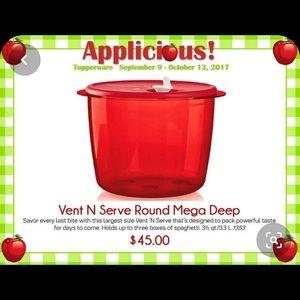 New! Tupperware vent n serve round mega